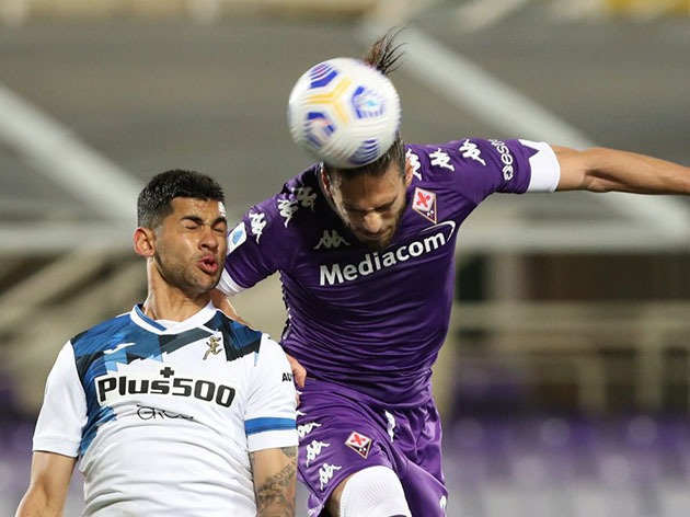 Com dois gols de Zapata, Atalanta bate a Fiorentina e se aproxima da Champions