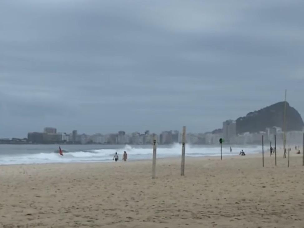 Rio de Janeiro tem fim de semana com bares e praias sem restrições
