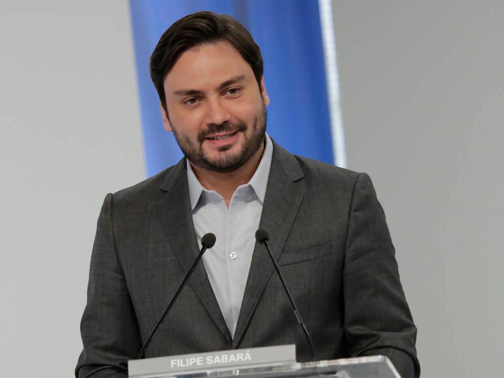 Após ser expulso de partido, Filipe Sabará afirma que continua na disputa pela Prefeitura de SP