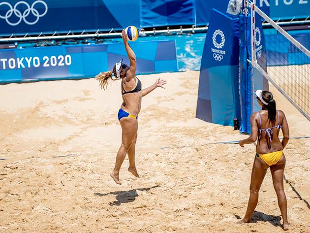 Vôlei de praia: Ana Patrícia e Rebecca vencem e mantém 100% de aproveitamento do Brasil nos Jogos de Tóquio