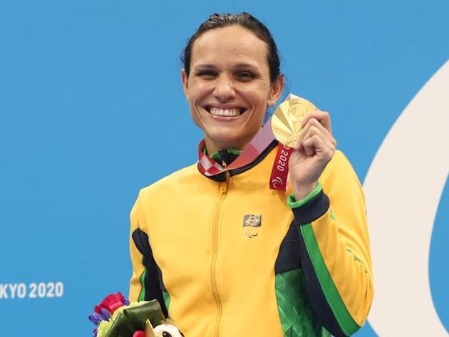Paralimpíada: Carol Santiago fatura 3º ouro e Brasil supera vitórias da Rio-2016