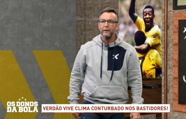 """Craque Neto: """"Deixa de ser zé ruela e escolher vacina"""""""