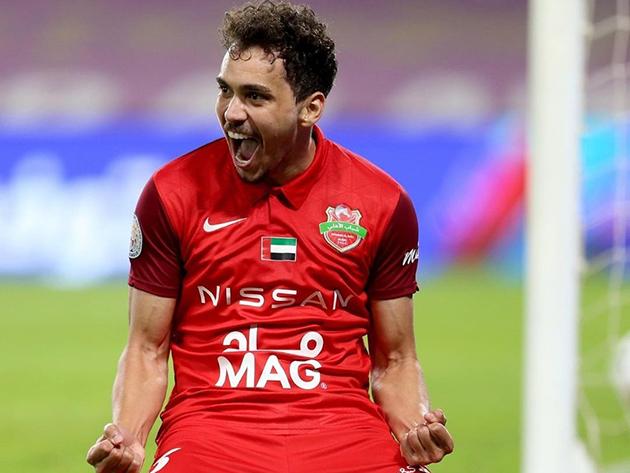 Brasileiro virou ídolo do Al Hilal e hoje defende o Shabab Al-Ahli