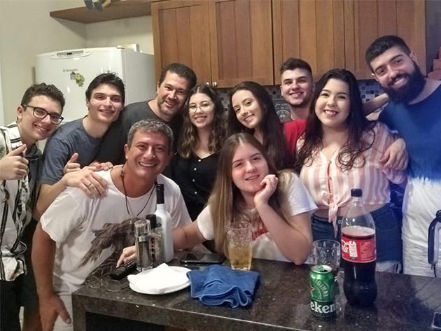 Família de Tom Veiga trata de partilha de bens após morte do ator