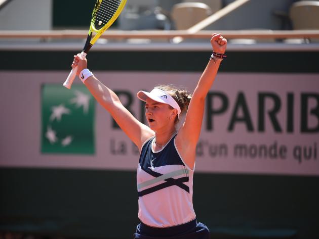 Krejcikova faturou o primeiro troféu de Grand Slam da carreira