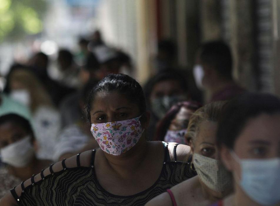Brasil chega aos 15 milhões de casos de Covid-19 com mortes ainda em alta