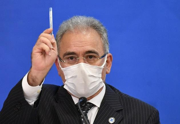 Queiroga diz que governo antecipou entrega de 3 milhões de doses da Janssen para este mês