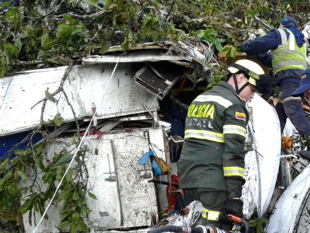 Controladora do voo da Chapecoense é presa no Mato Grosso do Sul