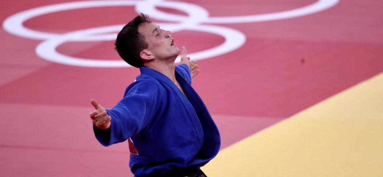 Judoca Daniel Cargnin garante bronze em Tóquio