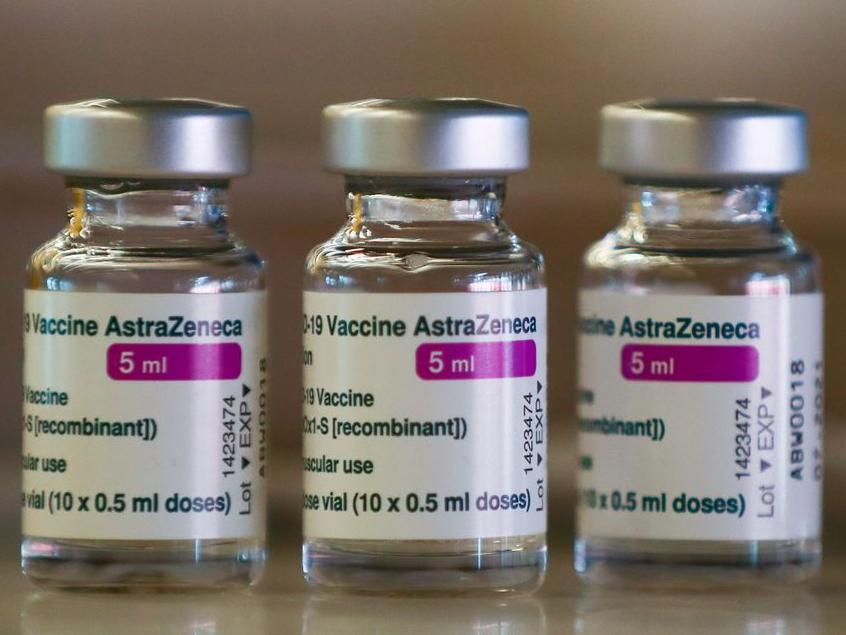 Vacinação em massa com meia dose de vacina contra Covid vai até sábado, 19