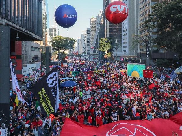 24 estados registram protestos contra Bolsonaro neste sábado