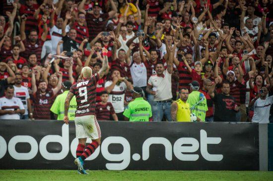 Flamengo enfrenta o Barcelona de Guayaquil em reencontro com a torcida no Rio em jogos pela Libertadores