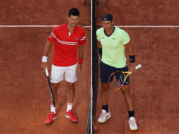 """Rafael Nadal rasga elogios a Djokovic e define rival como """"jogador perfeito"""""""
