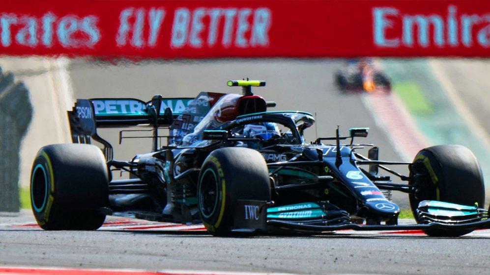 Hamilton crava volta espetacular e é pole no GP da Hungria