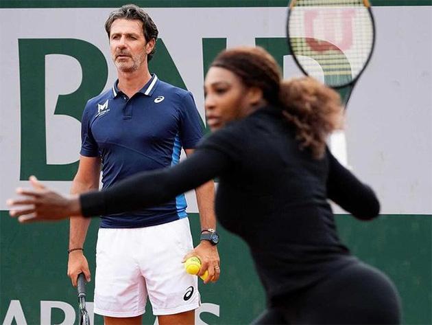 """Treinador admite possibilidade de aposentadoria de Serena: """"Tudo está em aberto"""""""