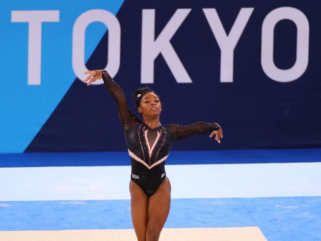 Simone Biles desiste da final do solo nos Jogos de Tóquio
