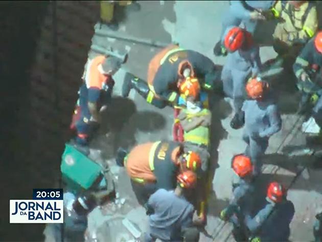 Uma pessoa morre e quatro são resgatadas após desabamento em Paraisópolis