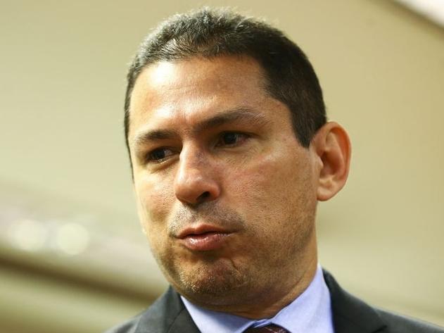 Vice-presidente da Câmara não descarta pedido de impeachment contra Bolsonaro