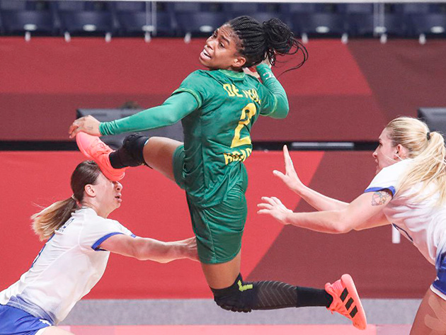 Brasil empata com a Rússia em estreia do handebol feminino em Tóquio