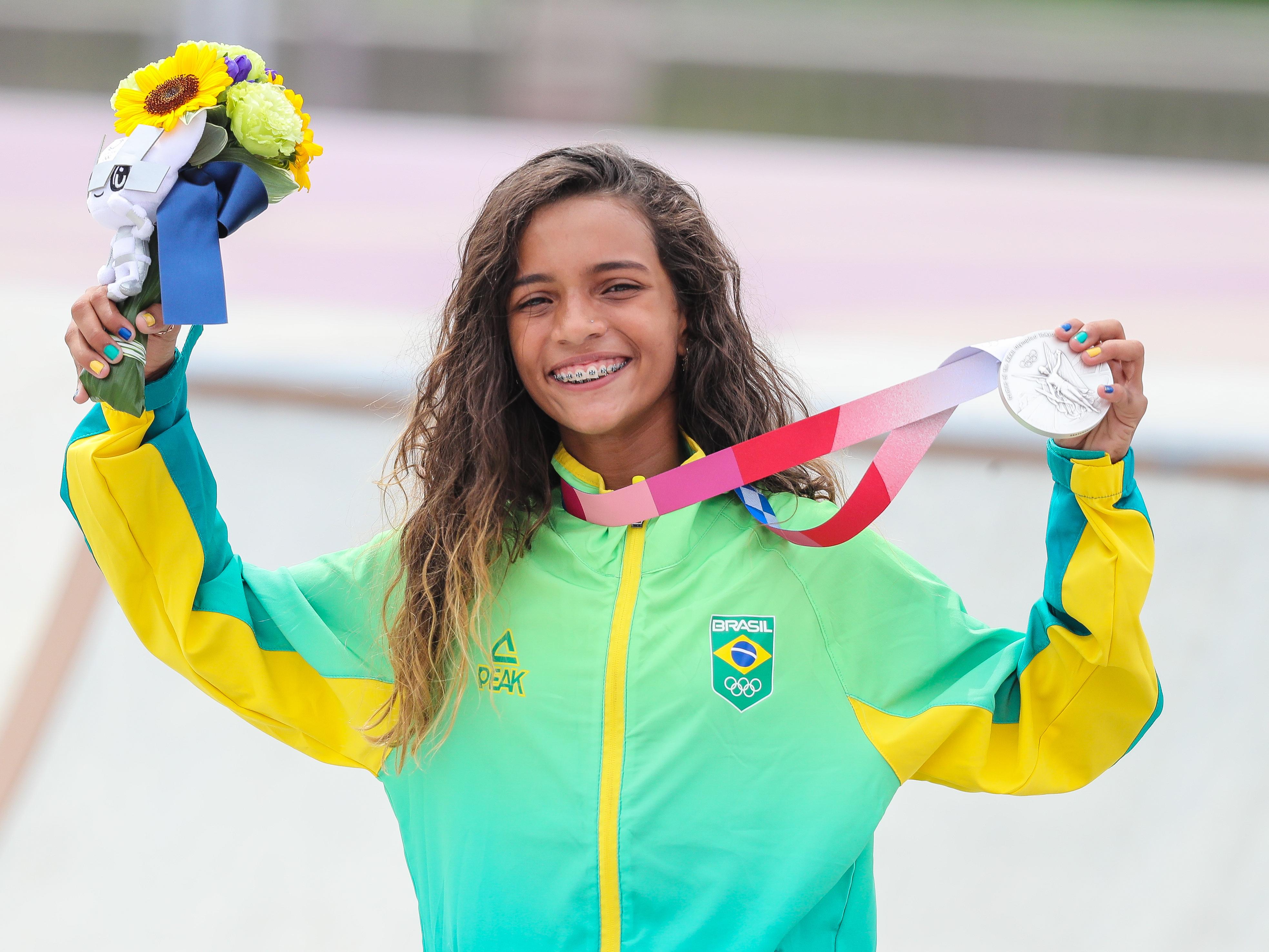 Brasil vive conto de fadas no skate e brilha no surfe e vôlei; veja resumo do dia
