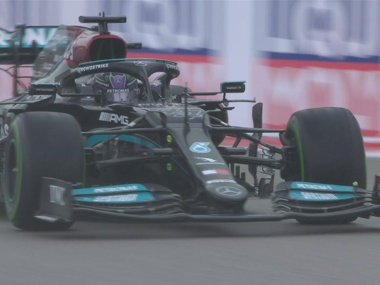 F1: Chuva agita voltas finais, Hamilton vence na Rússia e conquista 100ª vitória