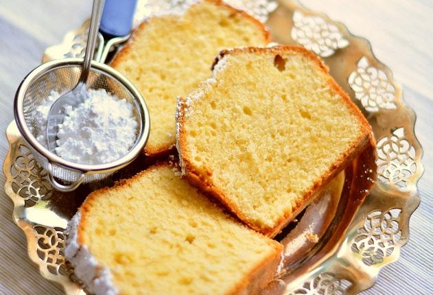 Bolo caseiro da Carole Crema é perfeito para comer com ou sem recheio: anote a receita
