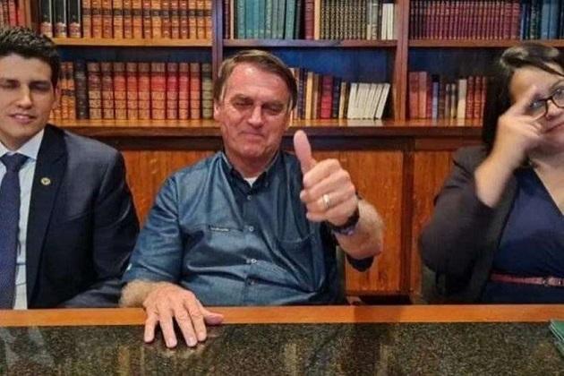 Reinaldo Azevedo: Bolsonaro é o vírus mais perigoso do país