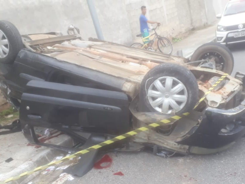 Criança de 3 anos morre em acidente de carro no distrito de Eugênio de Melo, em São José