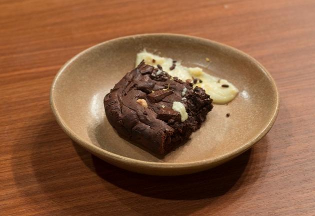 Brownie com avelã e brigadeiro de limão siciliano | Band Receitas