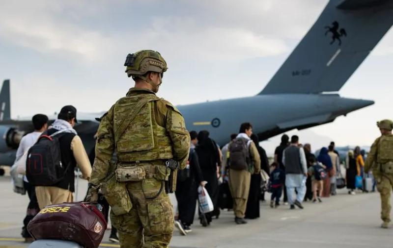 Yan Boechat: Atentado não deve trazer grandes consequências à política no Afeganistão