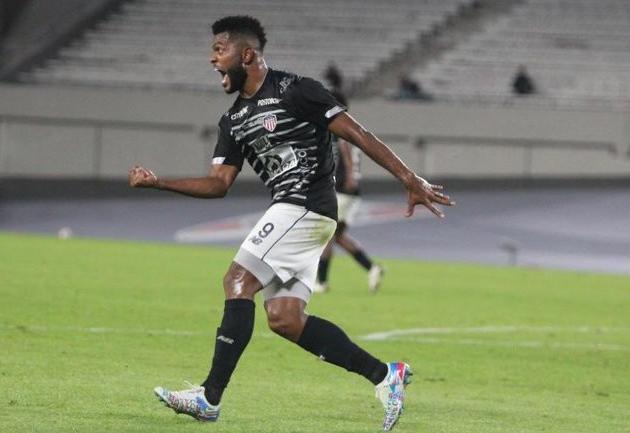 Borja defende o Junior Barranquilla