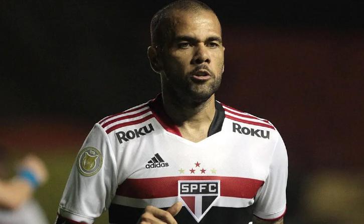 Daniel Alves estava no São Paulo desde 2019