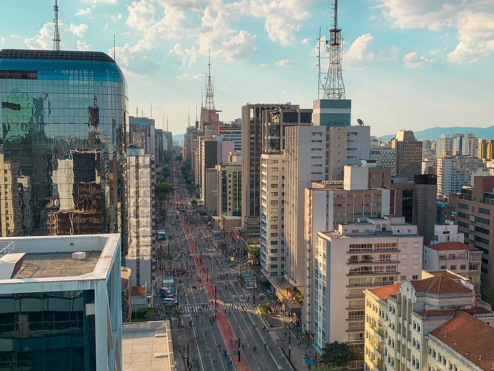 300 aparelhos celulares são roubados por dia na cidade de São Paulo
