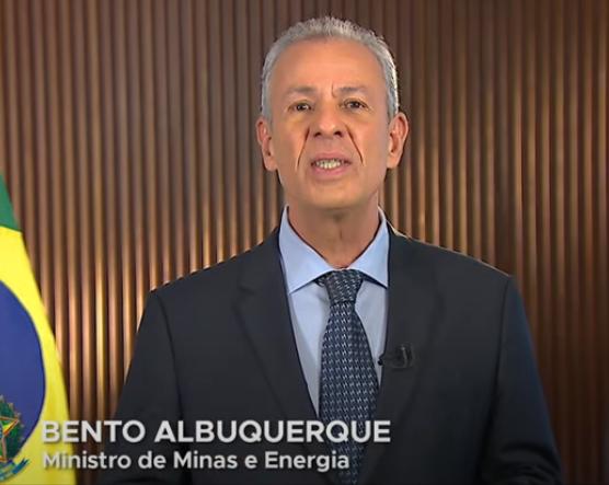 Ministro de Minas e Energia pede colaboração da população por causa da crise hídrica