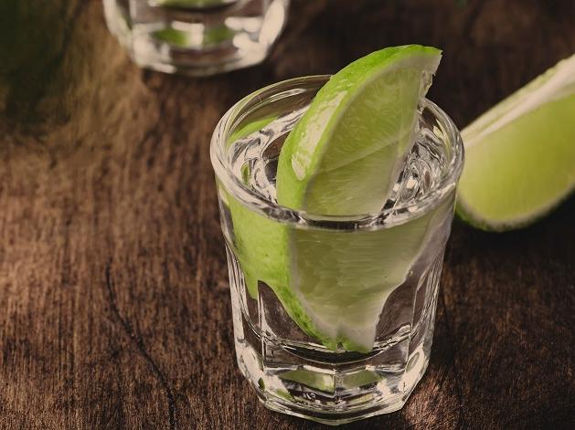 Dia da Cachaça é celebrado hoje: faça 5 receitas com a bebida