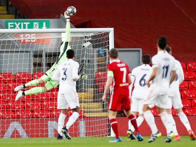 Real Madrid suporta pressão do Liverpool e está na semifinal da Liga dos Campeões