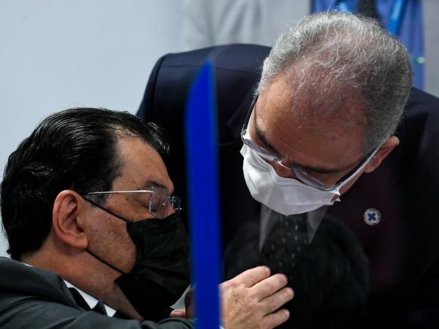 Volta de Queiroga à CPI tem bate-boca por bula de vacina e questão sobre postura de Bolsonaro