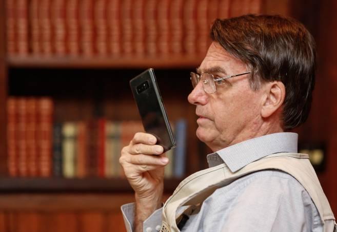 Bolsonaro citou nas redes 129 vezes remédios sem eficácia desde começo da pandemia
