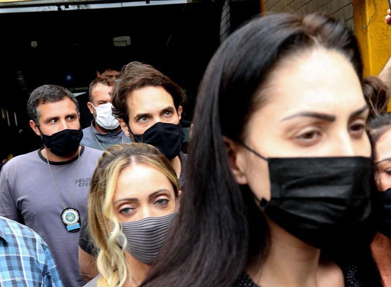 Justiça do RJ decreta prisão preventiva de Jairinho e Monique