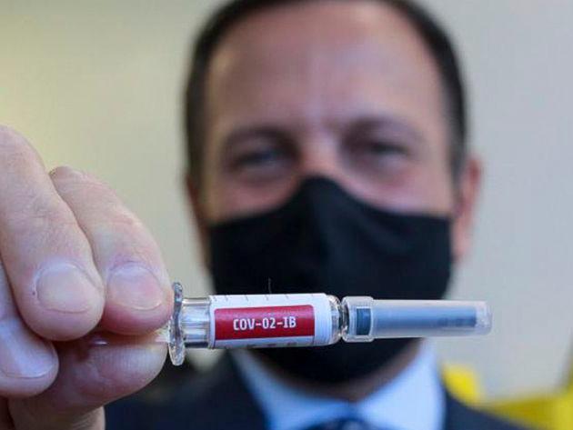 Governo de SP antecipa de 12 para 8 semanas aplicação da segunda dose da vacina da Pfizer