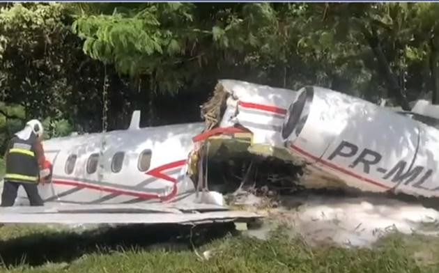 Avião sai da pista no Aeroporto da Pampulha, em MG, e deixa um morto