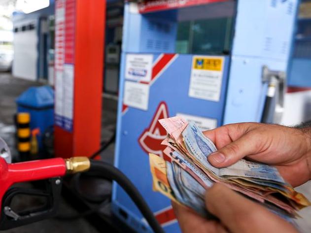 Combustíveis acumulam aumento de 31,09% no último ano