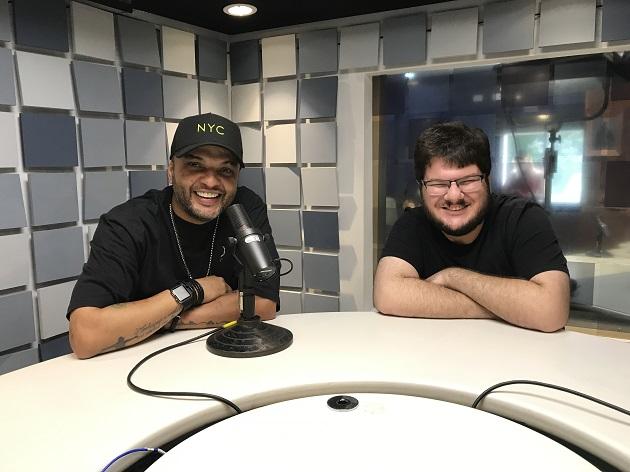 """""""Não me arrependo e participaria de novo"""", diz Fernandinho Beat Box sobre 'A Fazenda'"""