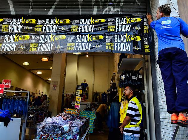 Promoções da Black Friday estão atraindo os consumidores