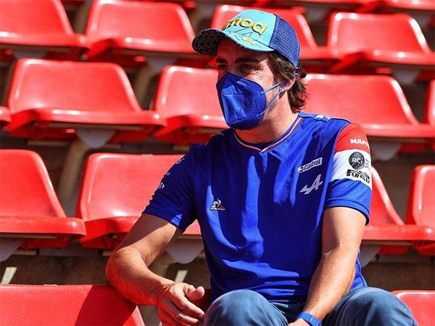 """F1: Alonso projeta GP da Espanha e classifica últimos desempenhos como """"nível mínimo necessário"""""""