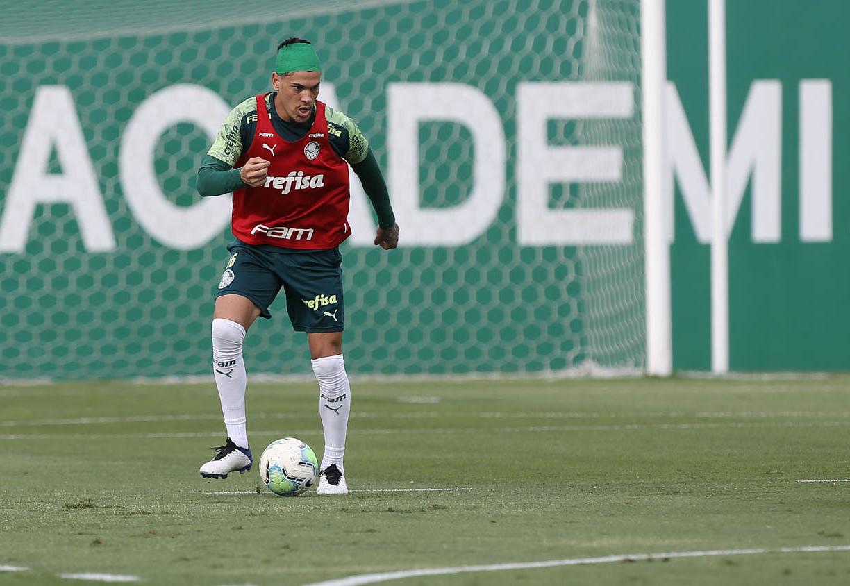 Zagueiro paraguaio, a princípio, joga final da Libertadores
