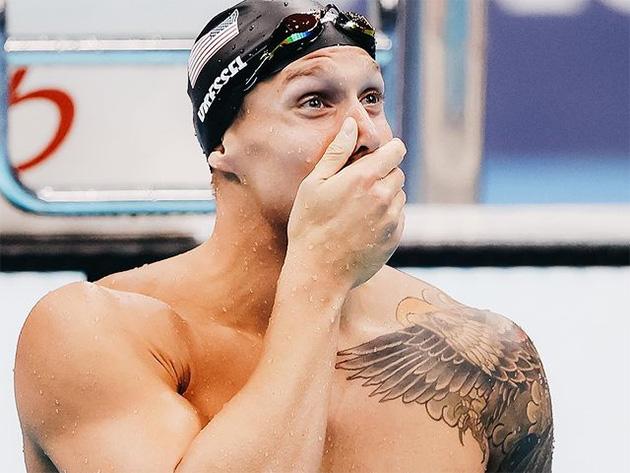 Caeleb Dressel bate próprio recorde mundial e fica com ouro nos 100m borboleta