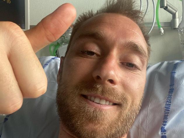 Eriksen posta foto no hospital e agredece apoio após mal súbito