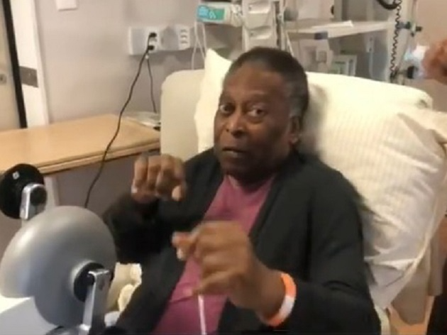 Ao som de Cartola, Pelé faz fisioterapia e mostra bom humor; veja o vídeo