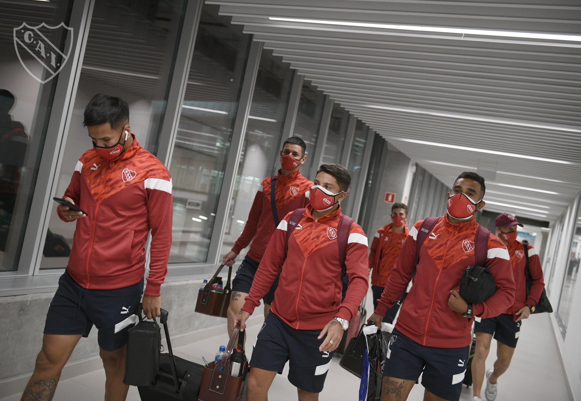 Membros da delegação do Independiente foram barrados no aeroporto